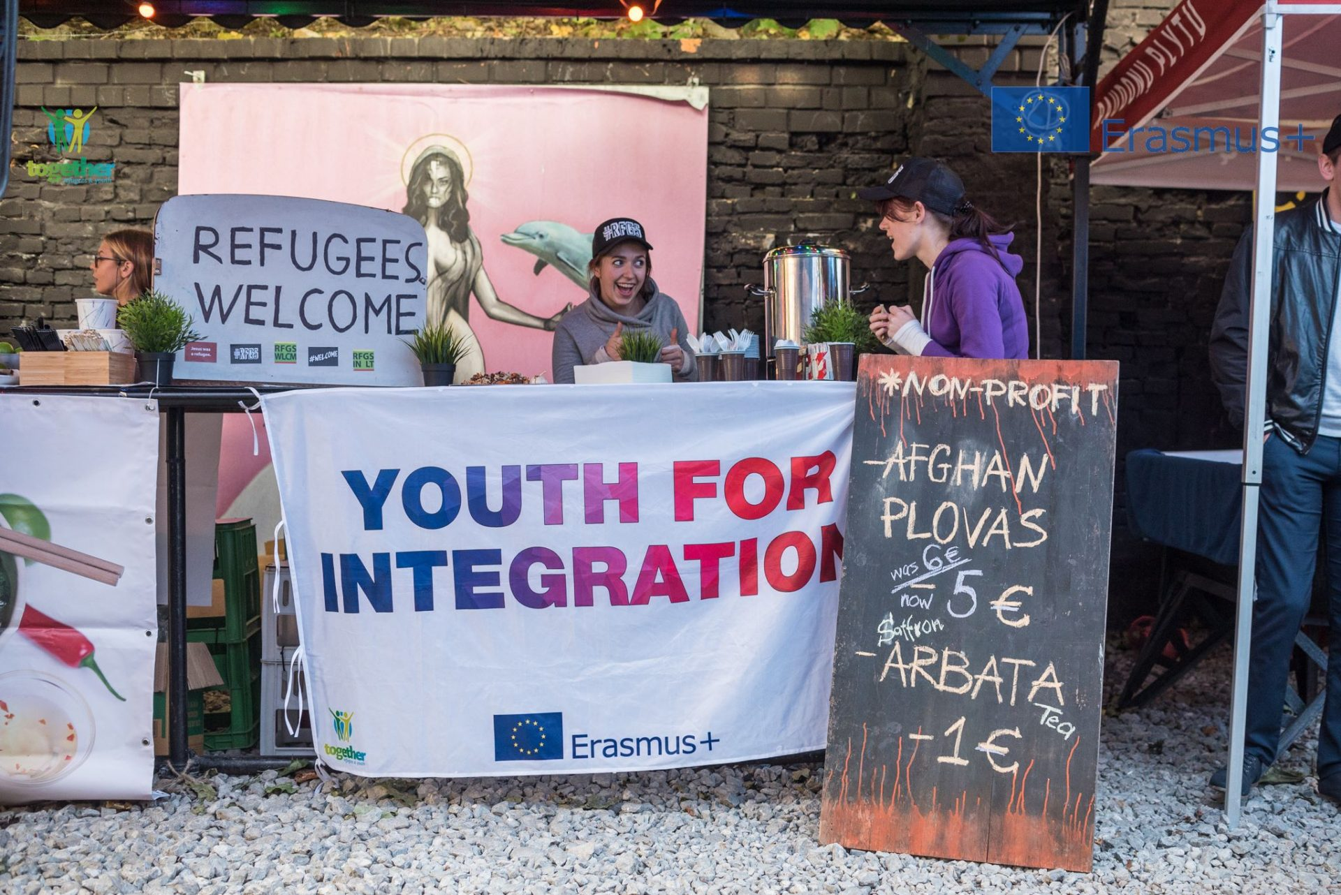 Youth helping the refugee community in the Baltics (Lithuania & Latvia)